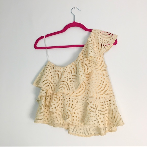Highline Collective Tops - NWT Tiered Ruffle One Shoulder Top Lace Ecru S